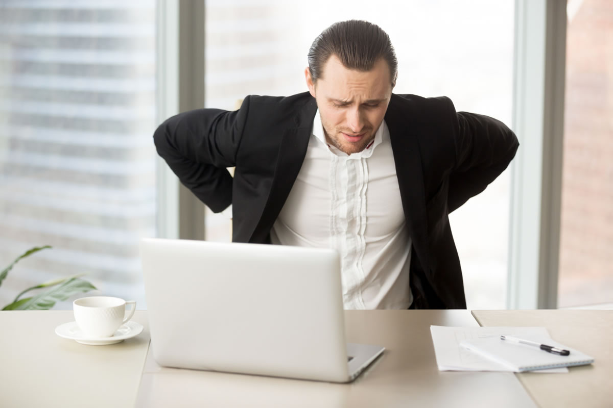 How to Prevent Back Pain When You Have a Desk Job