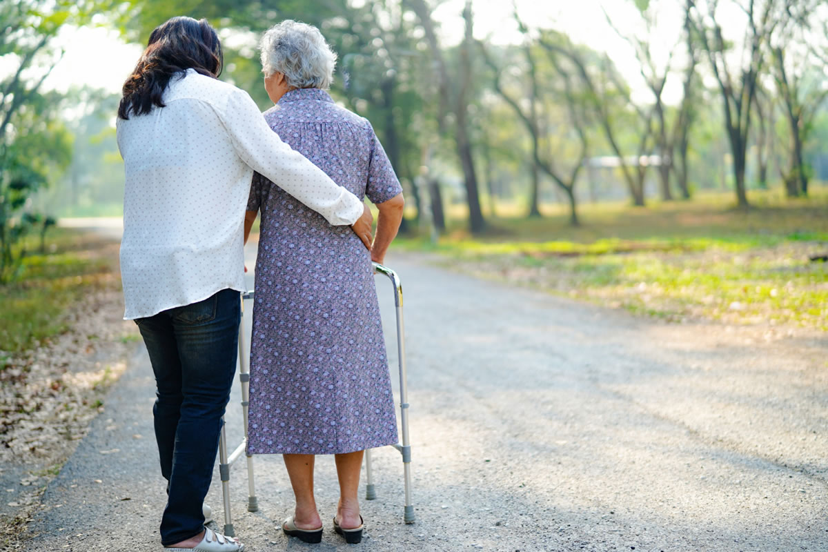 How to Prevent Trips and Fall Injuries in the Elderly