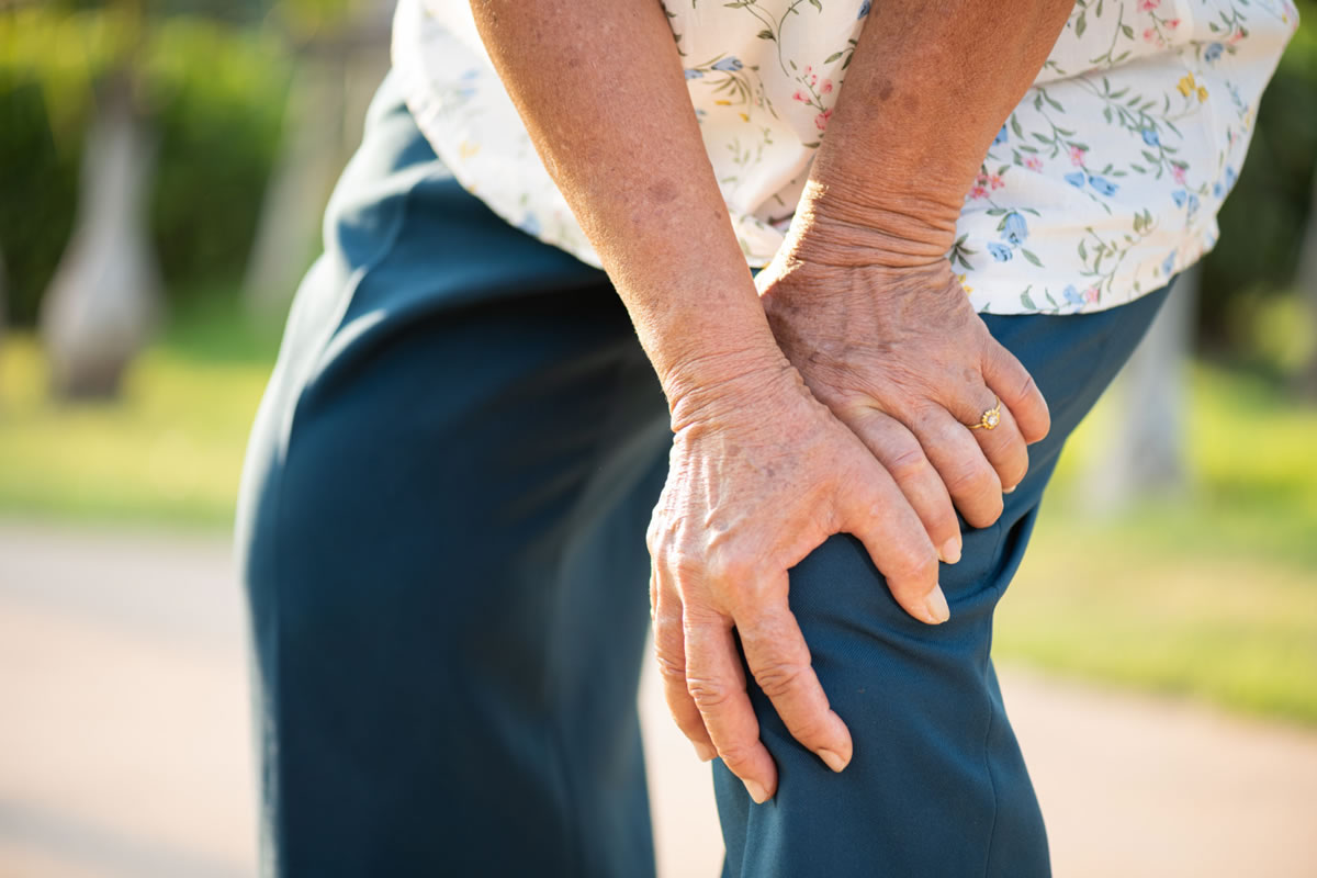 Four Ways to Treat Pain Caused by Your Osteoarthritis