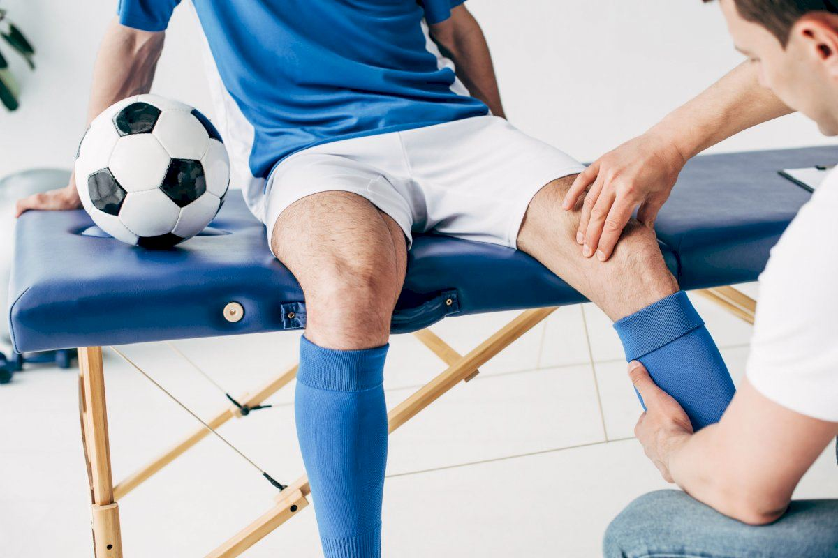 Five Reasons to See a Sports Medicine Specialist